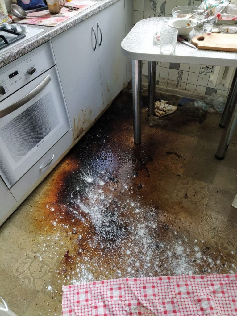 Уборка после умершего человека